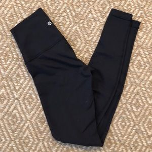 Lululemon Classic Wunder Under High Rise Pant
